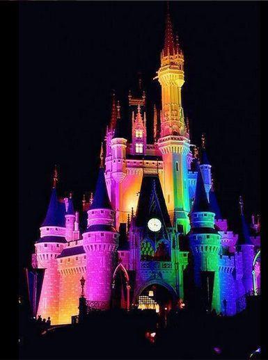 disneyland castello arcobaleno