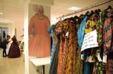 7) - Alcuni degli abiti da ballo degli interpreti sono stati realizzati nella storica sartoria Annamode, nel quartiere romano di Prati.