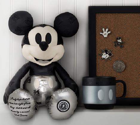 topolino mickey mouse ricordi collezione disney store 90 anni