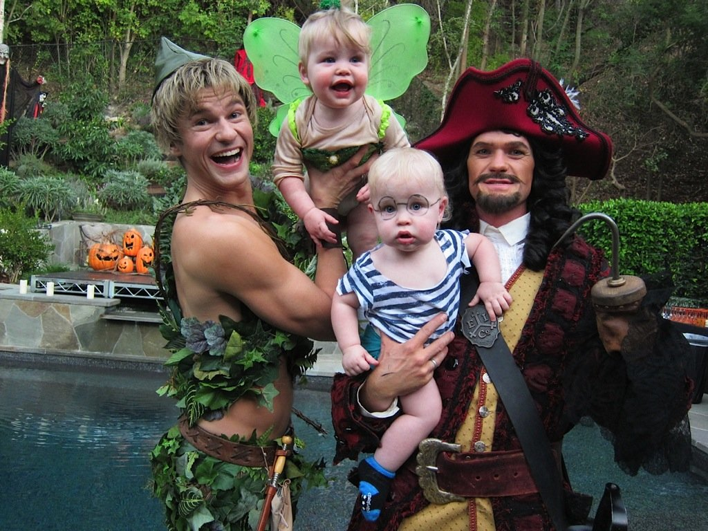 Neil-Patrick-Harris-His-Family-Peter-Pan-Captain-Hook-Tinker-Bell-Mr-Smee