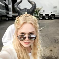maleficent 2 foto set angelina jolie elle fanning1